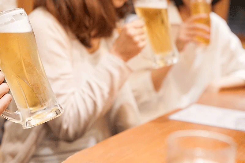 飲酒が原因となる代表的な病気は何?健康にも配慮した飲酒量は一日にどの程度?医師509人に聞いてみました