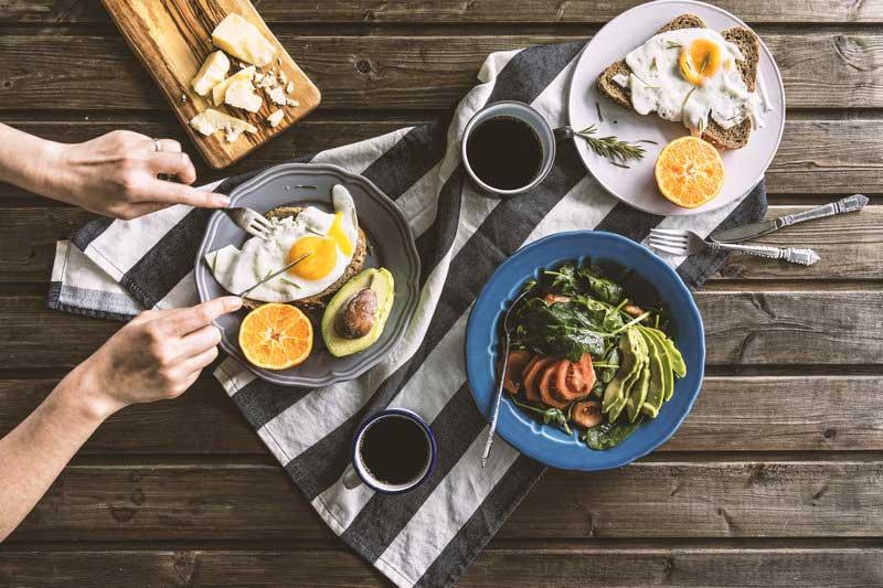 空腹でのランニングはOKそれともNG?3つの仮説を検証