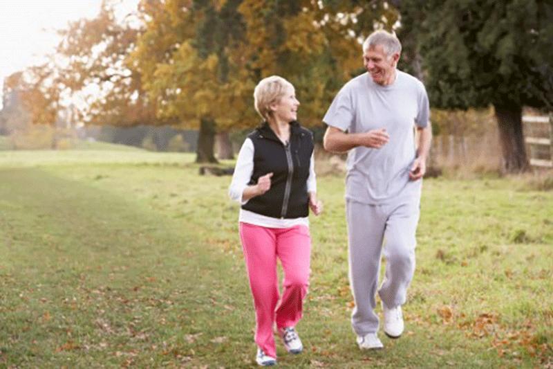 高血圧の予防と対策にも最適なウォーキング
